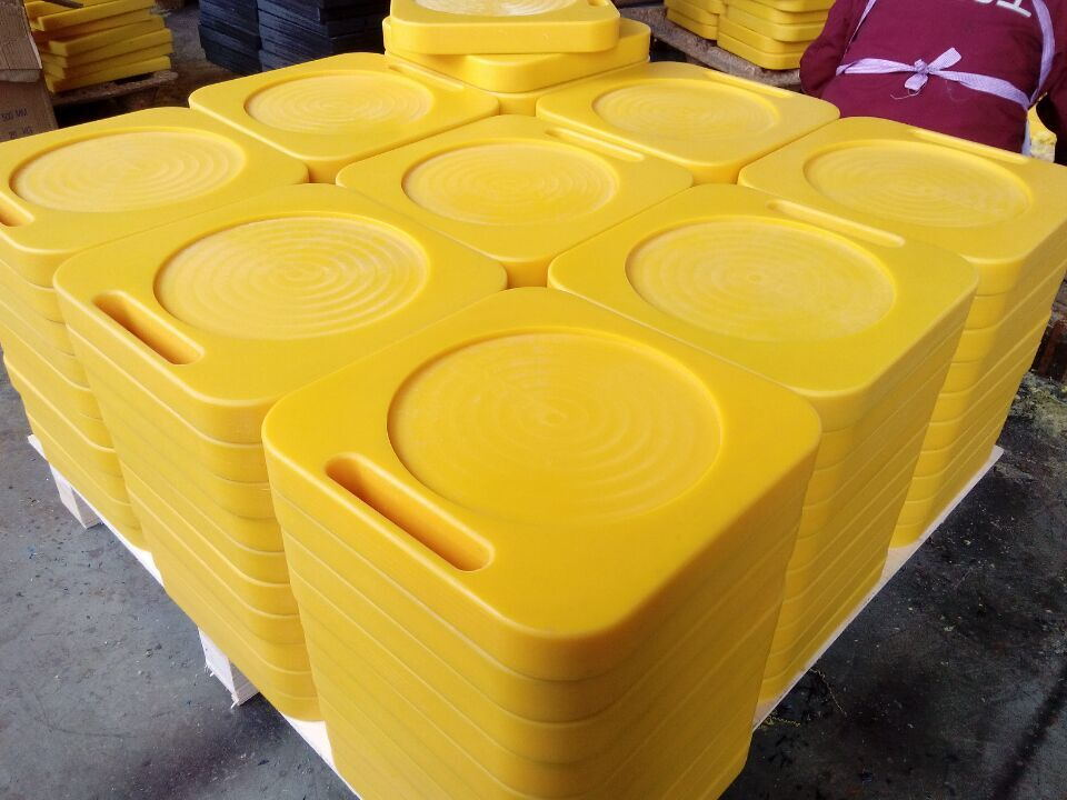 Safety Outrigger Pads | Crane Pads | Crane Mats for Sale