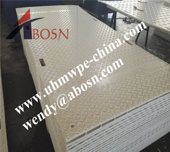 White Plastic Ground Protection Truck Mats