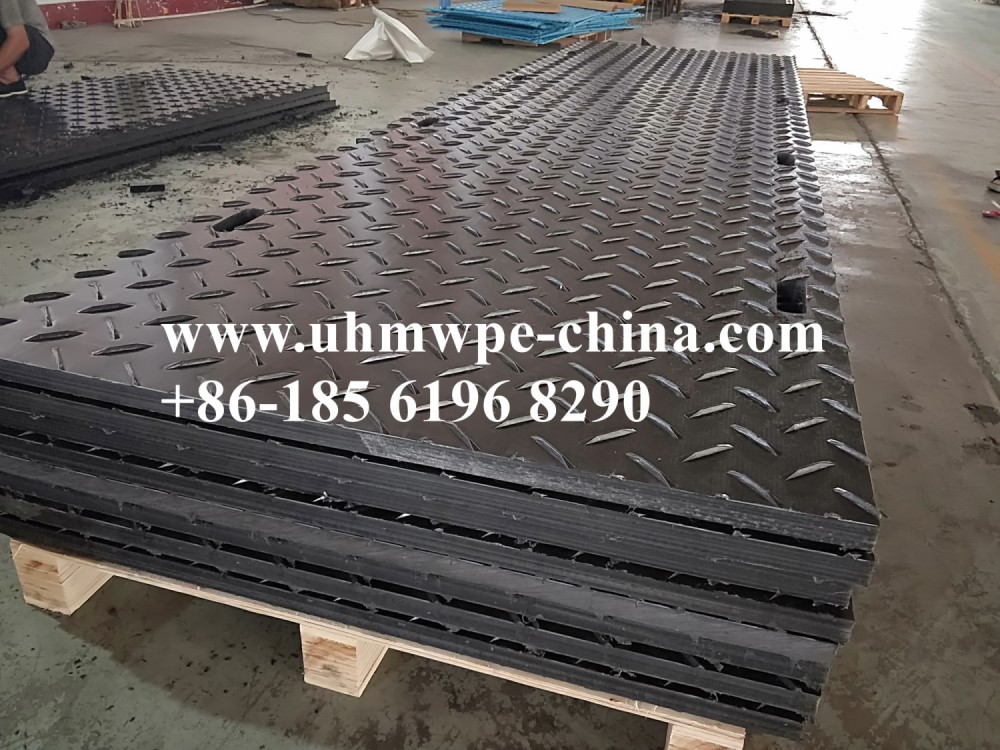 4'x 8' Black Ground Protection Mats
