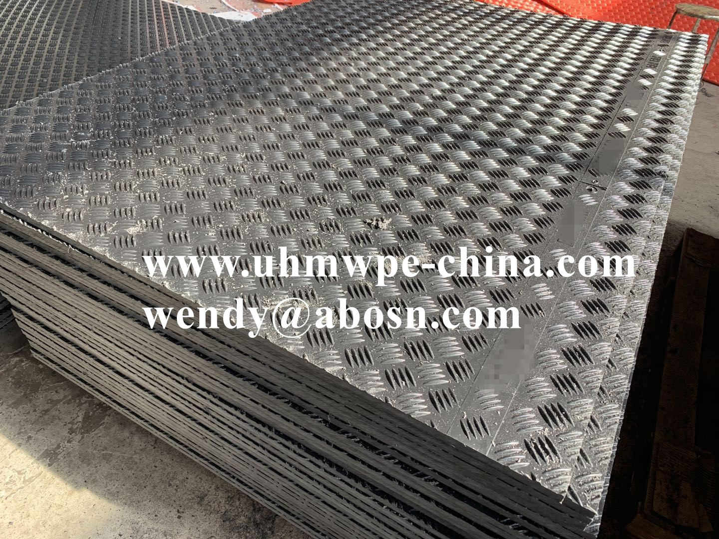 Anti-slip Lightweight Durable Plastic Construction Road Mat