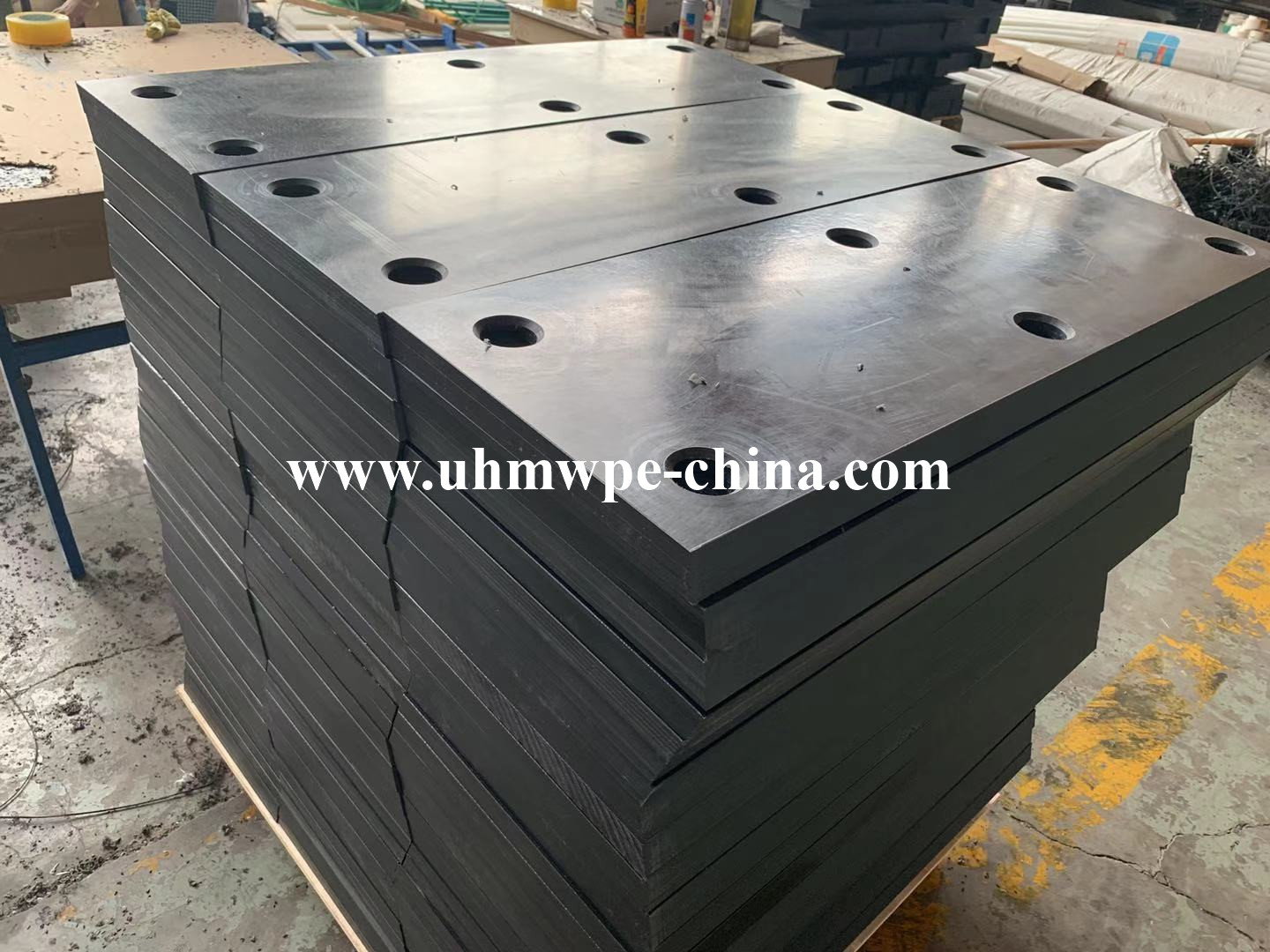 Virgin UHMWPE Facing Fender Pad