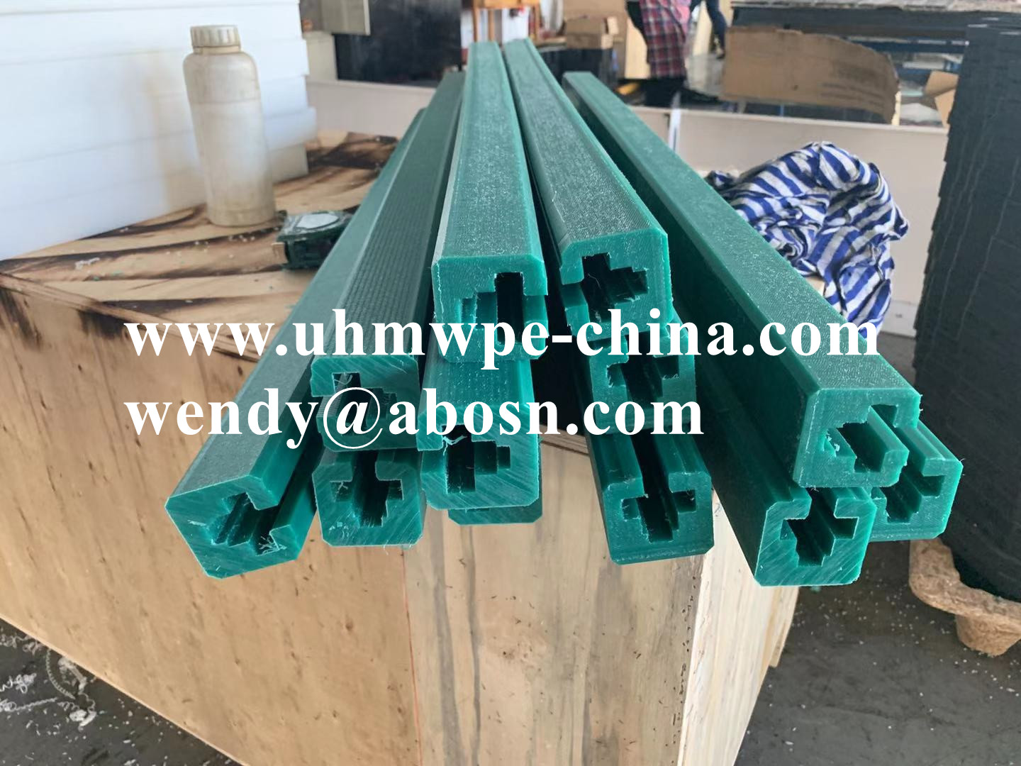 Nylon UHMWPE Wear Pad Chain Guide Slide Rail
