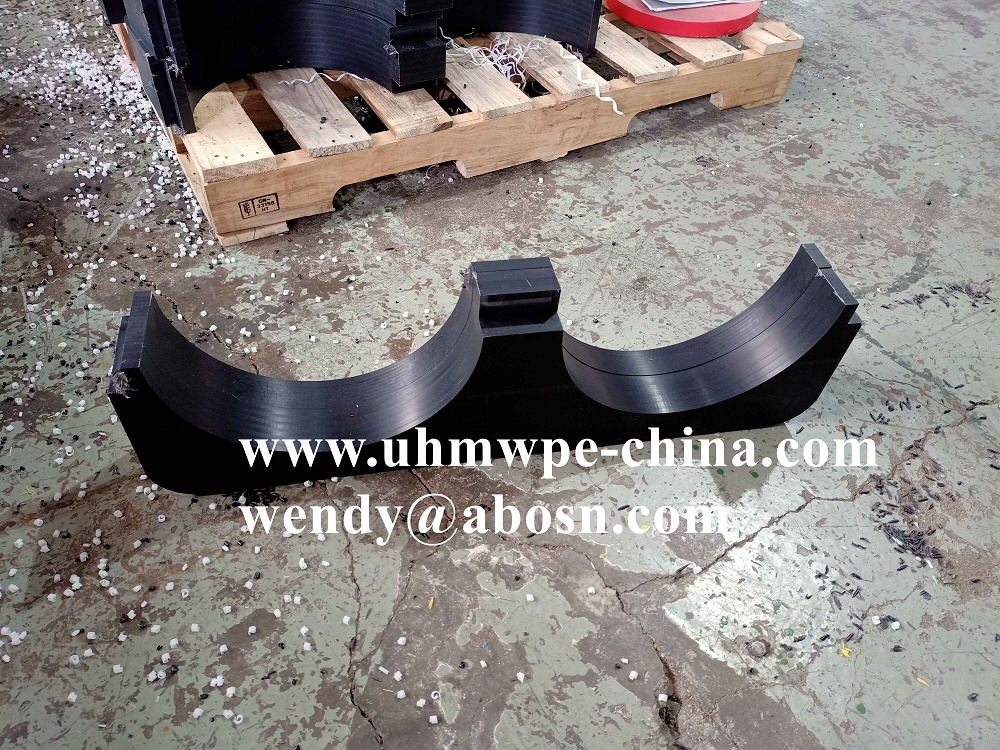 Corrosion Resistant Vertical Pipe Support Spacing Brackets